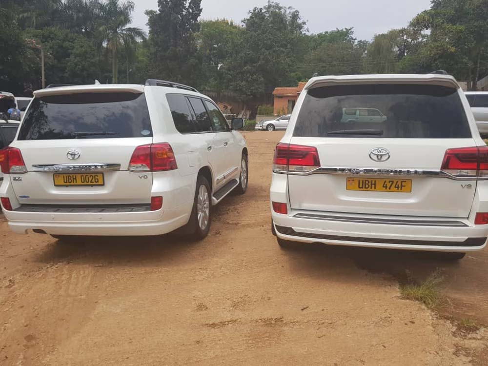 Cars for hire in Uganda, Landcruisers-V8, Bridal Cars for Hire in Kampala Uganda, Wedding & Business Vehicles Supplier, Executive Tours and Travel Vehicles in Uganda, Bridal Transport Services in Kampala Uganda, A.M Motors Uganda, Ugabox