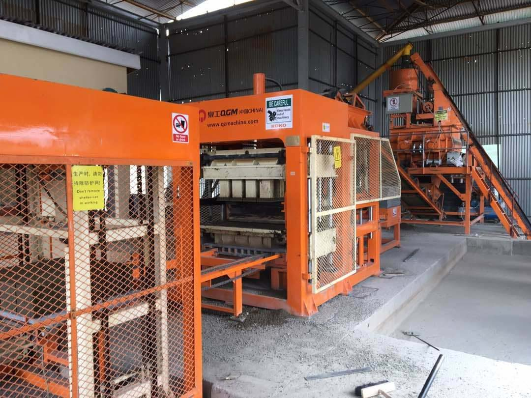 QT10-15 Automatic Block Making Machine in Uganda. Client: Romo construction Limited Uganda. Supply, Installation, Testing and Commissioning of Construction Plant/Industrial Machinery in Uganda, East Africa. China Huangpai Food Machines Uganda, Ugabox