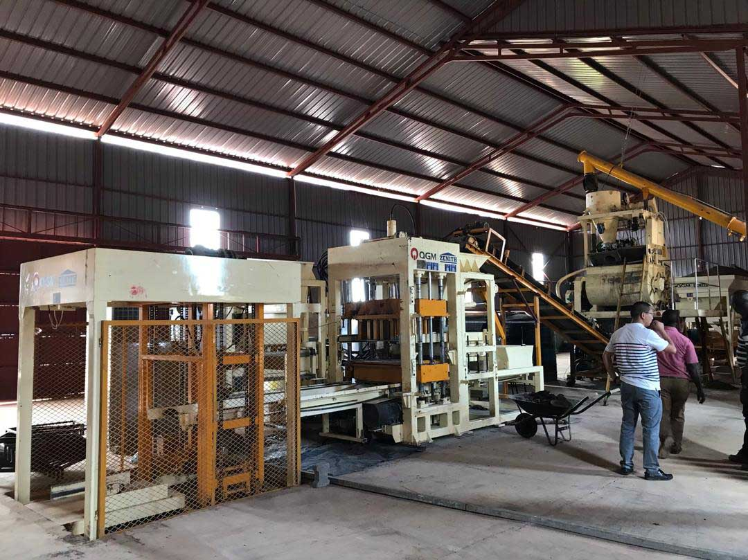 QT6 Block Making Machine in Uganda. Client: Block Making Company in Uganda. Supply, Installation, Testing and Commissioning of Construction Plant/Industrial Machinery in Uganda, East Africa. China Huangpai Food Machines Uganda, Ugabox